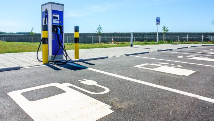 EWI Insights – Smart Sustainable E-Mobility – From Research to Practice